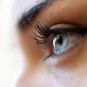 Como realçar o seu olhar
